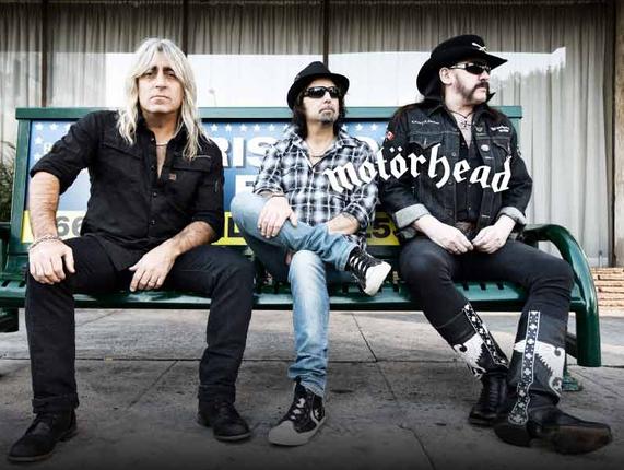 Motörhead joutui perumaan Euroopan-kiertueen toistamiseen.