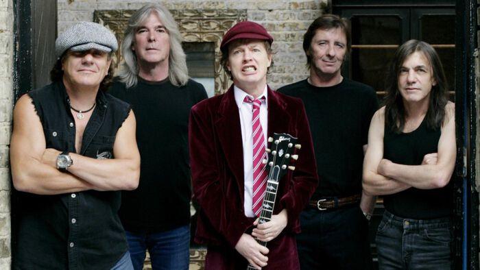 Nyt onkin tarjolla mahtavia uutisia: AC/DC aktivoituu!