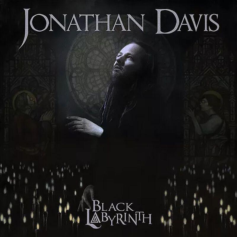 Black labyrinth