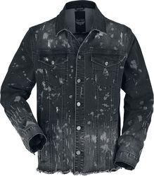 Musta farkkutakki erikoispesulla ja siistimättömillä saumoilla