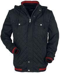 Musta takki toppauksella ja punaisilla yksityiskohdilla