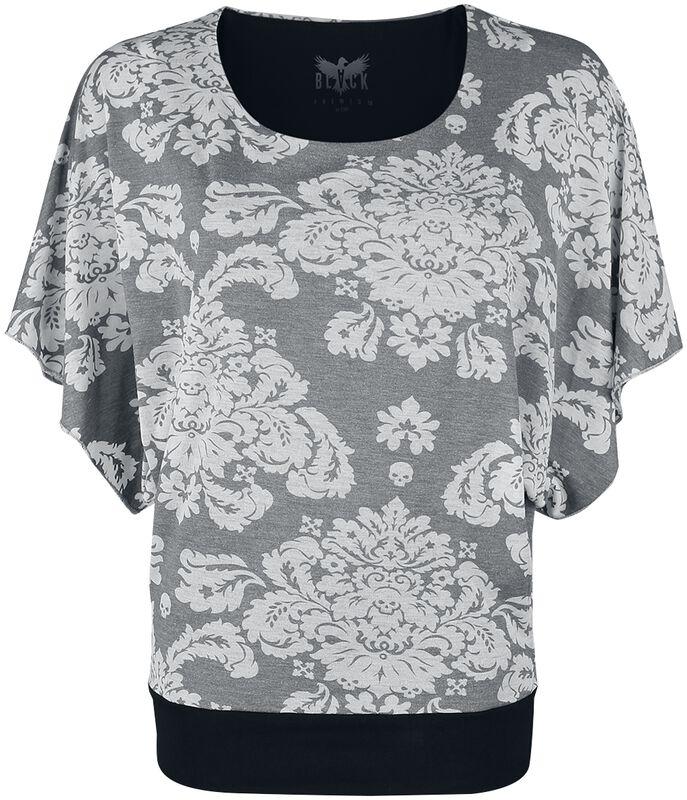 T-paita ornamenttikuvioilla