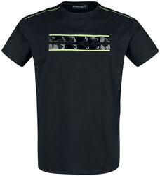 Musta T-paita pyöreällä pääntiellä ja painatuksella