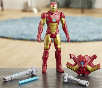 Titan Hero Serie Blast Gear Deluxe - Iron Man