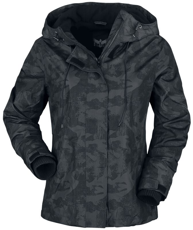 Musta camo-takki, jossa pehmeä sisävuori